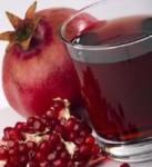 Bebida de granada roja y manzana con miel