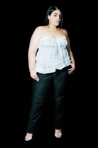 Jennifer Barreto-Leyva en Ama tus curvas 2012